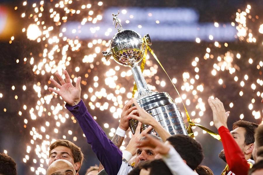 """""""Conmebol retrasaría final de la Libertadores para que se juegue en Santiago"""""""