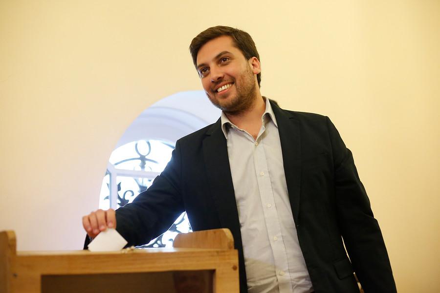 Confirman a Raúl Soto como nuevo integrante del Comité Parlamentario del PPD