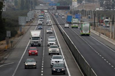 """Fin de semana """"atípico"""": MOP no posee un estimado de vehículos que dejarán la capital"""