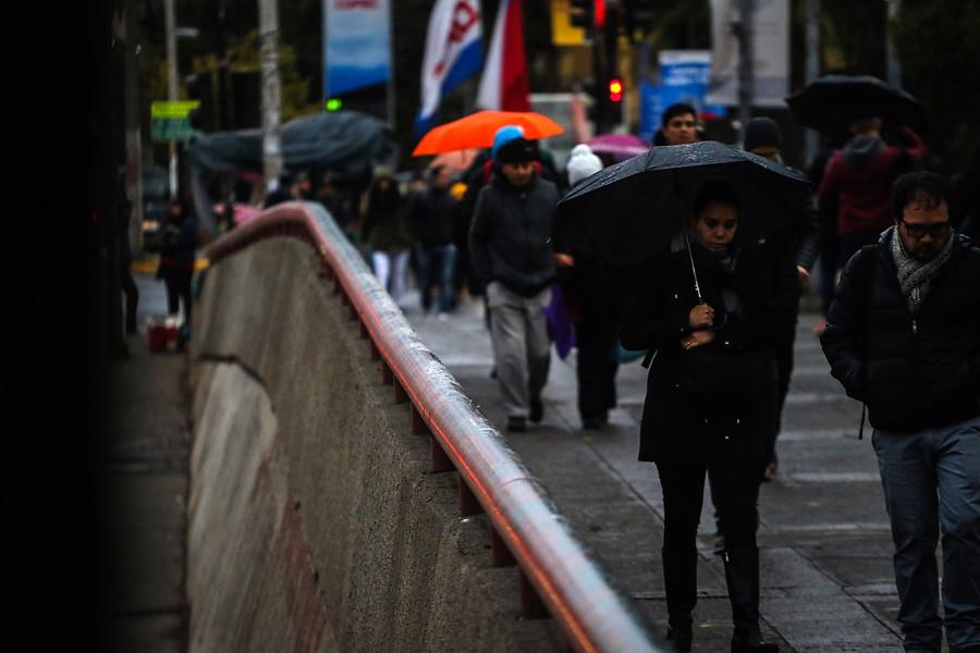 """""""ENEL activa plan preventivo por pronóstico de lluvia anunciado en la RM"""""""