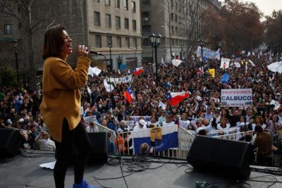 """""""No son 30 pesos son 30 años"""": la canción que lanzó Ana Tijoux por manifestaciones sociales"""
