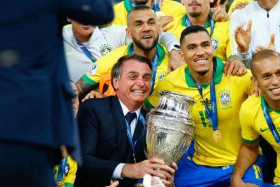 Bolsonaro evalúa visitar Chile para ver la final de la Copa Libertadores