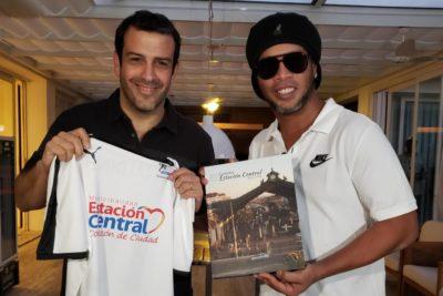 Reprograman Mundial de Fútbol Tenis con participación de Ronaldinho en Estación Central