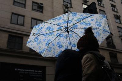 Después del calor… ¿viene la lluvia?: el pronóstico que incluiría tormentas eléctricas en la zona central