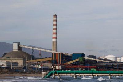 Ejecutivos de ENAP serán formalizados por contaminación en Talcahuano y Quintero