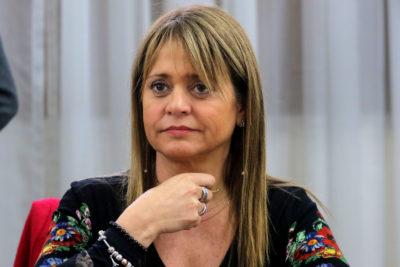 """Presidenta UDI sale a defender a Julio Isamit ante críticas: """"Lo que está en riesgo es la democracia"""""""