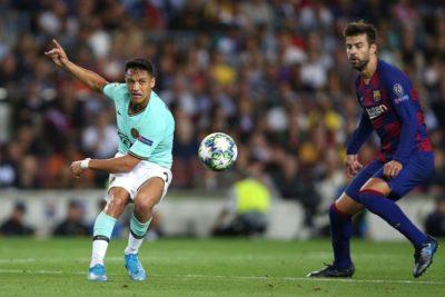 Barcelona de Vidal superó al Inter de Alexis por la Champions League