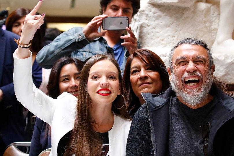 Cómo se gestó el homenaje de Camila Flores a Tom Araya, vocalista de Slayer