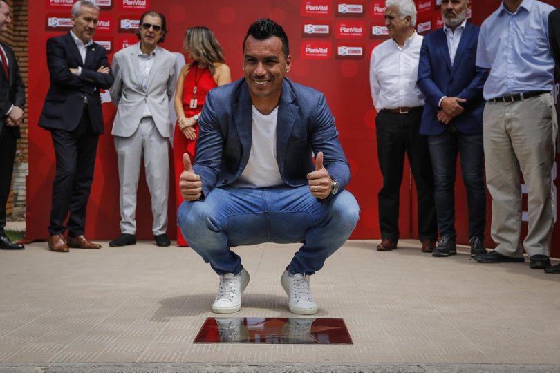 FOTOS | Al estilo hollywoodense: ANFP homenajea a Paredes con una estrella por sus 216 goles