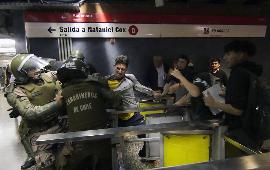 VIDEO |Graves incidentes obligan a Metro a cerrar toda la Línea 1 y 2