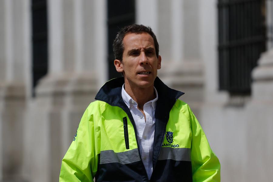 """Alessandri por destrozos: """"Este nivel de violencia no lo habíamos visto nunca"""""""