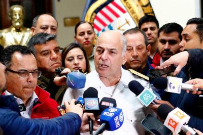 """Contralmirante Juan de la Maza: """"Las FF.AA. ocupan munición de guerra"""""""