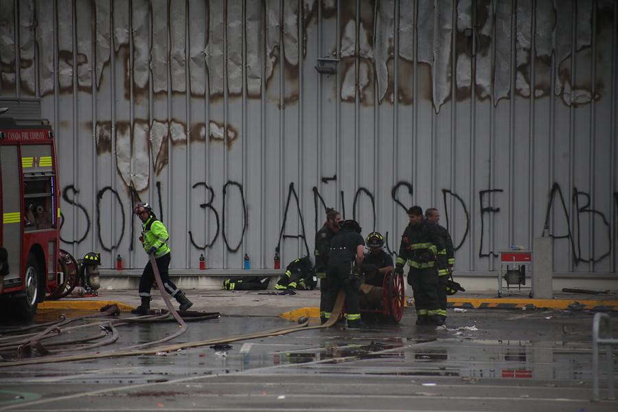 San Bernardo: 2 personas fallecieron tras incendio en supermercado