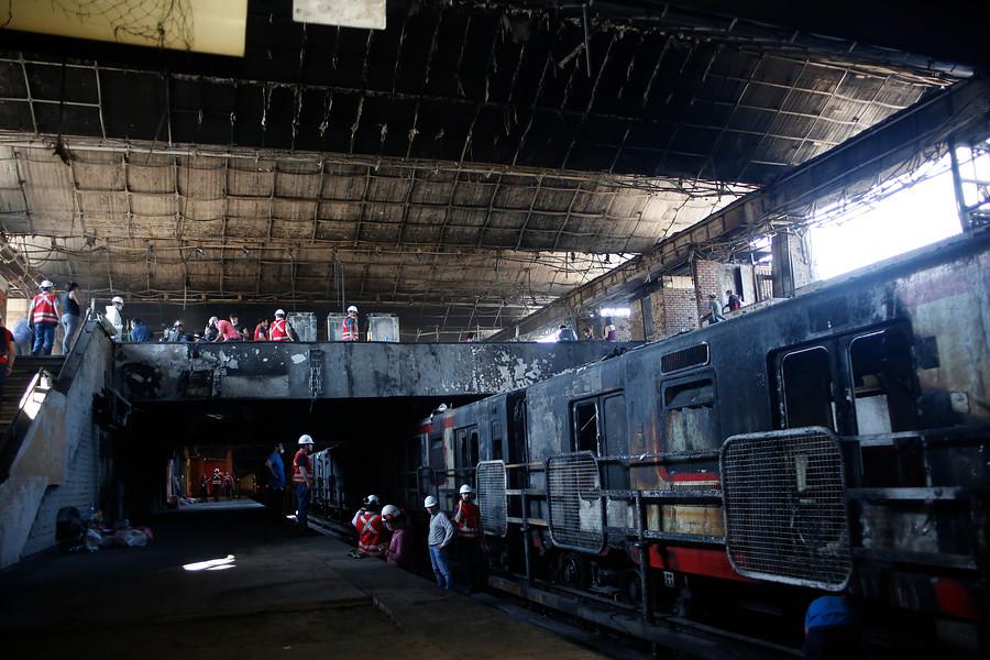 Sindicato de trabajadores del Metro llamaron a no trabajar mañana lunes