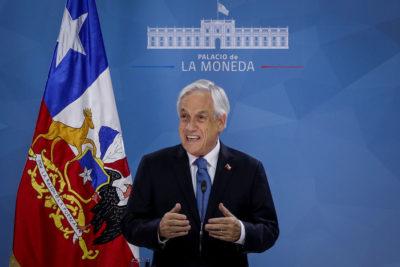 """Piñera baja el tono tras hablar de 'guerra': """"Sé que a veces he hablado duro contra esta violencia"""""""