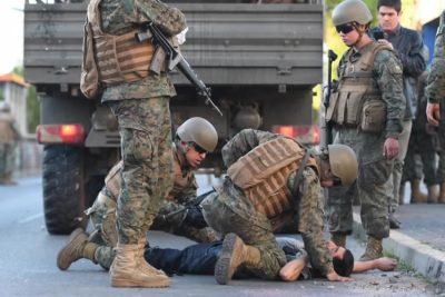 Detienen a militar que disparó contra joven en Concepción