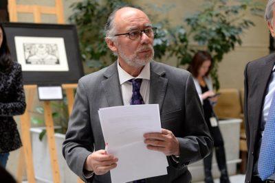 Iván Flores justifica no sesionar previo al fin de semana largo