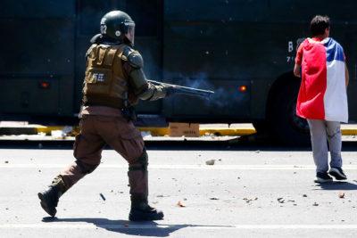Carabineros abrió 14 sumarios para investigar violencia policial