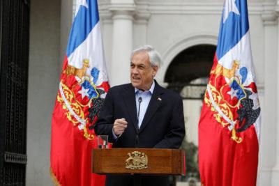 Sebastián Piñera solicitó la renuncia a todos sus ministros para estructurar un nuevo gabinete