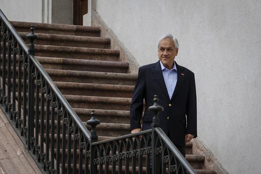 Piñera firma decreto para levantar el Estado de Emergencia