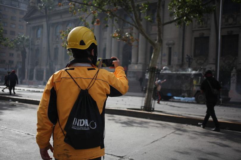 """INDH a Carabineros por observador herido: """"Esta bueno ya, esto tiene que terminar"""""""