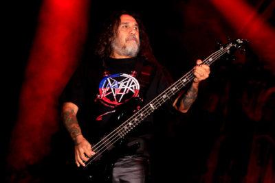 La familiar imagen de Tom Araya tras el último show de Slayer en Santiago