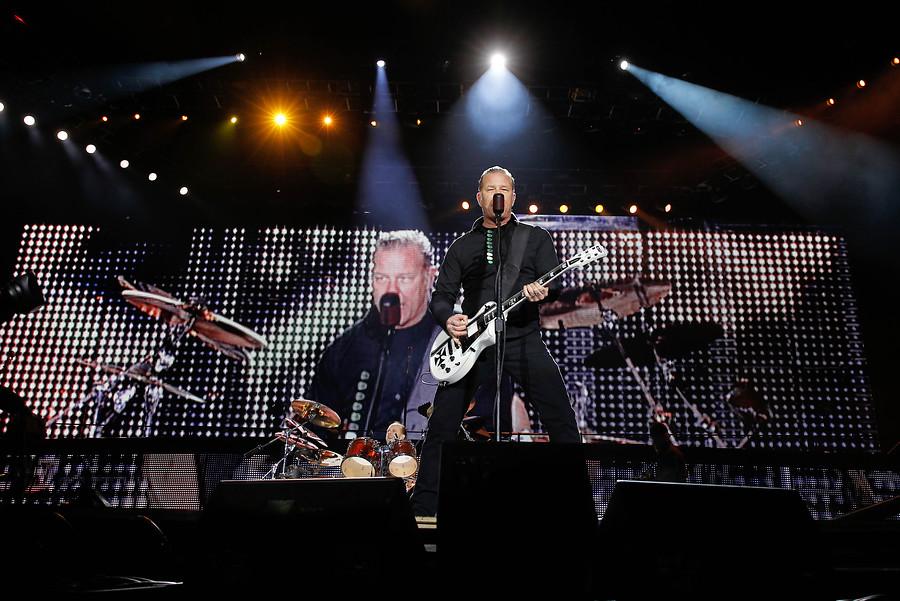 Metallica gana juicio a empresario chileno que les impedía vender poleras en sus shows