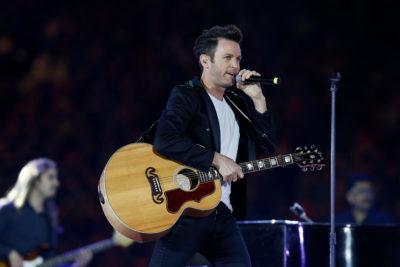 Cantante Axel enfrenta denuncia por abuso sexual en Argentina