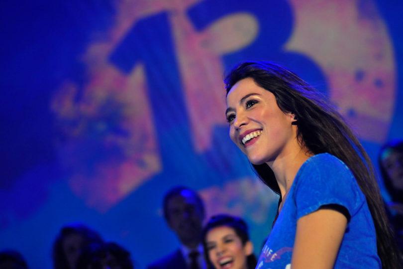 """Loreto Aravena sale a defender las teleseries de Canal 13: """"Son productos súper buenos"""""""