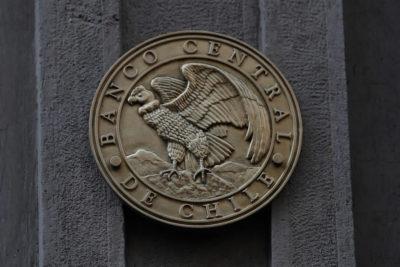 Banco Central baja la tasa de interés a 1,75% y advierte efecto económico por movilizaciones
