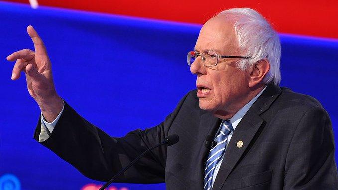 """Bernie Sanders llama a Piñera a entregar"
