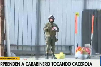 VIDEO | Carabinero en servicio es sorprendido sumándose a cacerolazo