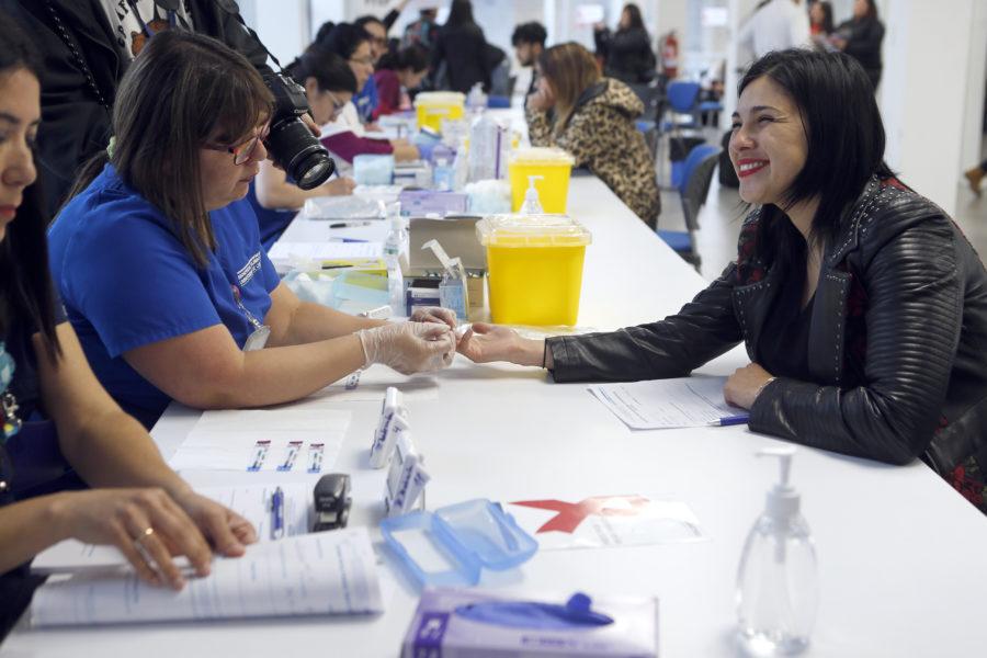Finaliza testeo masivo de VIH en campus de la Universidad de Chile