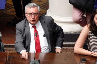 Rector de la Universidad de Chile llamó a defender la democracia
