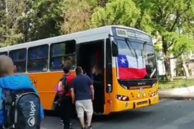 Regresan micros amarillas a la capital para reforzar el transporte público