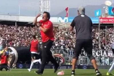 Mario Salas es suspendido por sus polémicos gestos tras el Superclásico