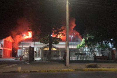 VIDEO   Municipalidad de Olmué y parte de El Patagual resultaron incendiados