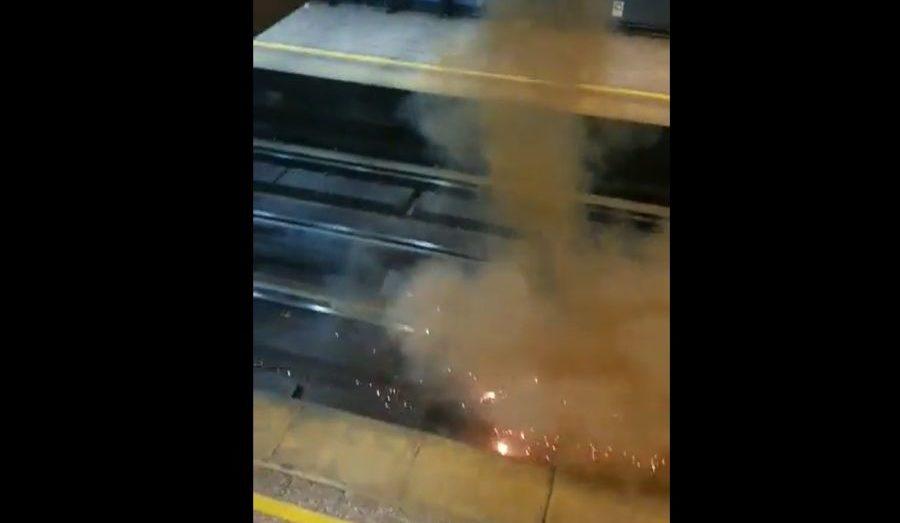Evasión masiva: lanzaron un televisor a las vías de la Línea 1 del Metro