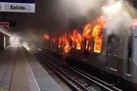 Los vagones de Metro quemados en la Línea 4