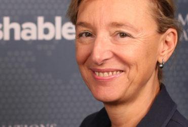 Doctora chilena irrumpe en lista de las 100 mujeres más influyentes del año