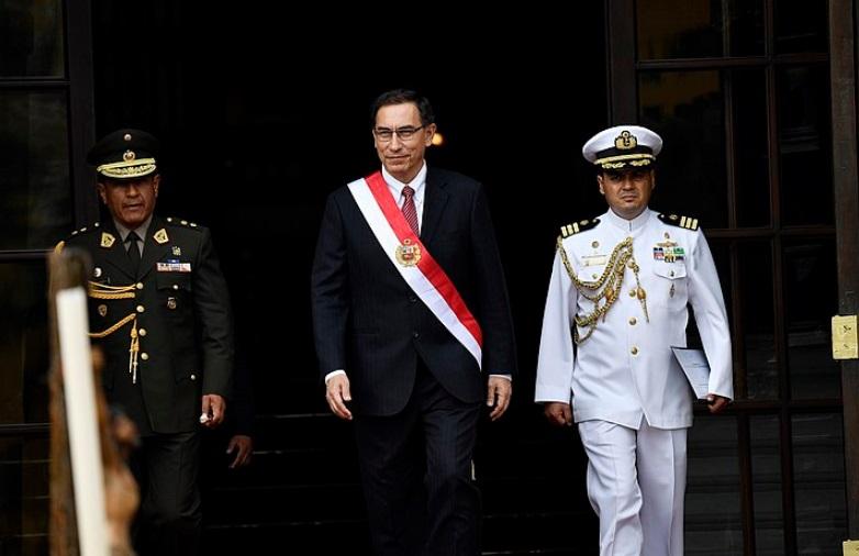 Perú con dos presidentes: las claves para entender la crisis política