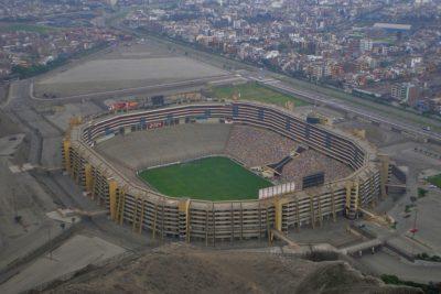 El agitado presente de Perú que recibirá la final de la Copa Libertadores