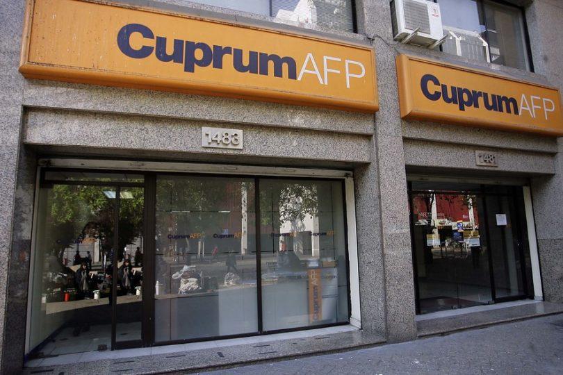 AFP llaman a la calma tras fuerte caída del fondo E