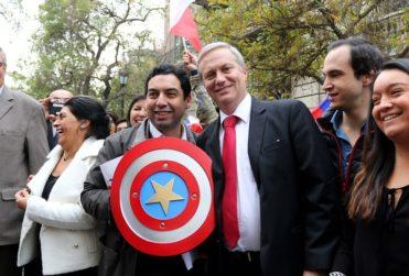 Marvel solicita a políticos no utilizar imagen del Capitán América para campañas
