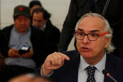 Caso Catrillanca: familia busca que ex ministro Andrés Chadwick sea imputado