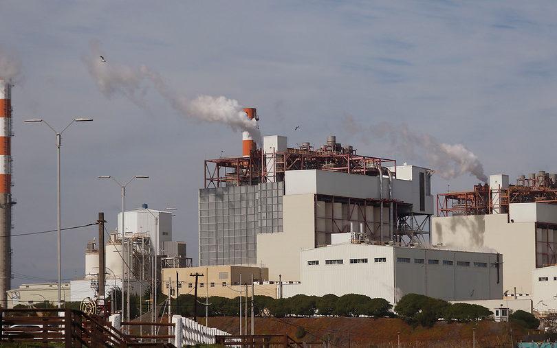 Solicitan cerrar termoeléctricas a carbón y su total eliminación a 2030