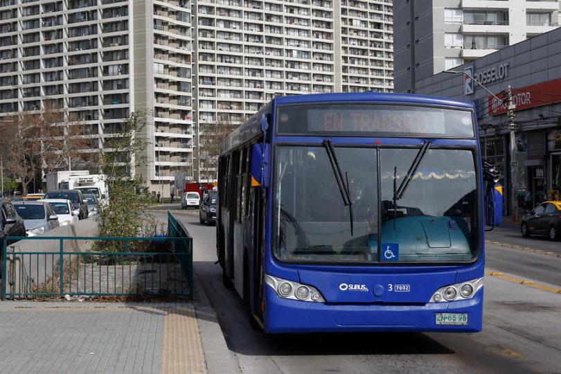 Anuncian proceso de licitación de flota del transporte público de Santiago