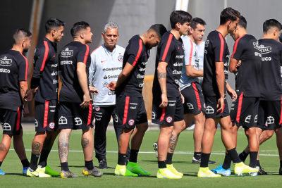 Reinaldo Rueda entregó la nómina de la Roja que se medirá ante Perú