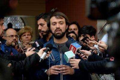 Jorge Sharp renuncia a Convergencia Social tras su conflicto con Boric por acuerdo constitucional