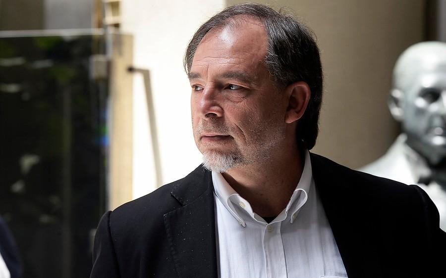 """Guido Girardi: """"No soy partidario de sacar a golpes al Presidente de la República"""""""